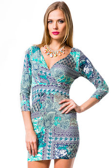 Бирюзовое платье с рукавом Mondigo со скидкой